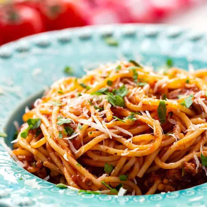 spaghetti in a blue bowl